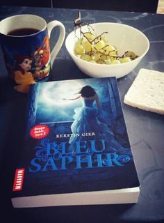 Bleu Saphir de Kerstin Gier (photo: Dorinne Johnson) #VendrediLecture