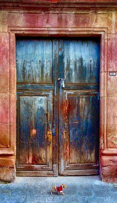 door... San Miguel de Allende, Guanajuato, Mexico