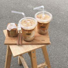 Coffee Cafe, Iced Coffee, Coffee Drinks, Aesthetic Coffee, Aesthetic Food, Beige Aesthetic, But First Coffee, I Love Coffee, Comfort Foods
