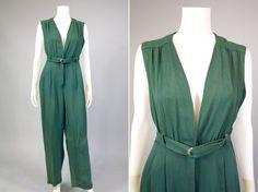 World War Two Fashion Jumpsuit: http://sammydvintage.com/vintage-style/40s/world-war-two-fashion/