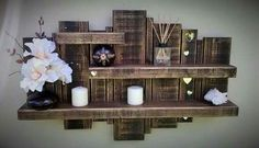 Use Pallet Wood Projects to Create Unique Home Decor Items Wooden Pallet Shelves, Wooden Pallet Projects, Wooden Pallets, Diy Projects, Project Ideas, Pallet Wood, Wood Shelf, Pallet Bench, Woodworking Projects