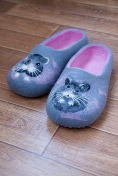 Slippers with hamsters №2 by Lena Gorbuneva