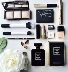 Make up chic, fashion girl, fashionista, nars, maquillaje chicas, chanel, sombras de ojos, eye shadow