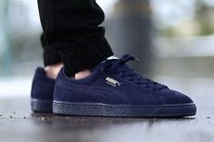 Puma sneakers available for KES 3500 Call/Text/WhatsApp 0719319187 to place your order Puma Sneakers, All Black Sneakers, Sneaker Magazine, Puma Suede, Sports Shoes, Chuck Taylors, Kicks, Navy Blue, Tennis