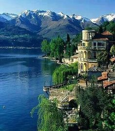 Lake Como, Italy. I'm feeling Italy this morning. IN. LOVE.