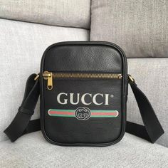 ed56c5545766 Gucci Leather Print Messenger Bag 523591 -Size  cm -Calf leather with Gucci  vintage logo -Brass hardware -Front zipper pock. Kuether High Fashion  Handbags