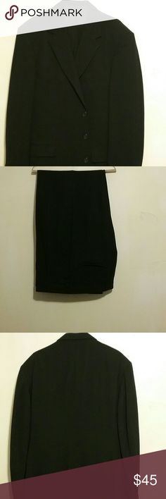 Mate's Clothing Men's To Piece Men's Suit 42 L This is a very nice to piece men's suit jacket size 42 L pants size 36 L  it come with tie  the jacket has a small tear in the inside pocket Mate's Clothing Suits & Blazers Suits