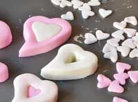 NB: Tips on covering cakes, rolling and using fondant, making fondant images etc