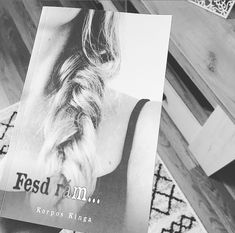 Bookstagram, T Shirts For Women, Fashion, Moda, Fashion Styles, Fashion Illustrations