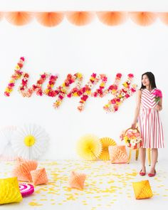 Floral Word Backdrop | Oh Happy Day! Festa Party, Diy Party, Party Ideas, Photos Booth, First Day Of Spring, Diy Décoration, Mason Jar Diy, Happy Day, Event Decor