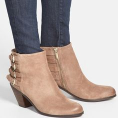 Sam Edelman Taupe Buckle Booties So cute and perfect paired with denim or a dress! Excellent pre worn condition! Size 9. Taupe color- more tan or grey depending on the light. No trades!! 05916120gwb Sam Edelman Shoes Ankle Boots & Booties