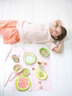 vaisselle et fruits en pâte auto durcissante pour les enfants - Marie Claire Idées