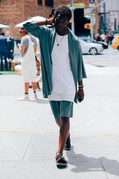 59b435b9ab All the Best Street Style From New York Fashion Week  beststreetfashion  Ανδρική Μόδα