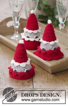 The santa bunch / DROPS Extra - free crochet patterns by DROPS design, Crochet Santa, Christmas Crochet Patterns, Holiday Crochet, Free Crochet, Christmas Calendar, Christmas Elf, Christmas Crafts, Drops Design, Crochet Design