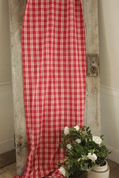 Wonderful French country red and white plaid fabric ~ ideal for pillows, upholstery , etc!~ www.textiletrunk.com