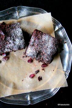 Fudgemainen suklaakakku (G,M)   PALEOKEITTIÖ Ms Gs, Sweet Stuff, Wordpress, Fish, Baking, Bread Making, Patisserie, Backen, Sweets