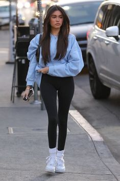Sport Outfits Madison Beer Street Style West Hollywood Buying Cycling Jerseys, Shoes And Estilo Madison Beer, Madison Beer Style, Madison Beer Outfits, Madison Beer Hair, Madison Beer Body, Madison Beer Bikini, Madison Beer Makeup, Legging Outfits, Black Leggings Outfit Summer