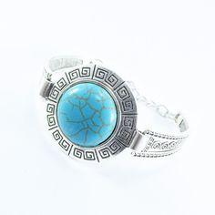 Pulseira estilo boho chic com mandala e pedra de resina na cor turquesa