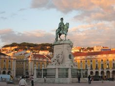 Praca do Commercio Statue of King Jose can be found in the Lisbon. One of the most beautiful squares in Lisbon