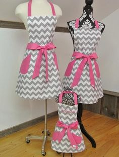 Retro Apron, Aprons Vintage, Vintage Sewing, Cute Aprons, Apron Designs, Dress Designs, Sewing Aprons, Jumpsuit Pattern, American Girl Clothes