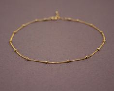 Delicate Gold Anklet Bracelet Gold Beaded Chain - Anklet - Ideas of Anklet - Delicate Gold Anklet Bracelet Gold Beaded Chainhave one like this but it broke. Gold Chain Design, Gold Jewellery Design, Bridal Jewellery, Handmade Jewellery, Silver Jewellery, Anklet Bracelet, Jewelry Bracelets, Anklet Jewelry, Bangles