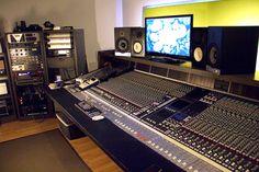 2 x EVE Audio SC208 @ HATE RECORDING STUDIO in Rosà (Vicenza), Italy.