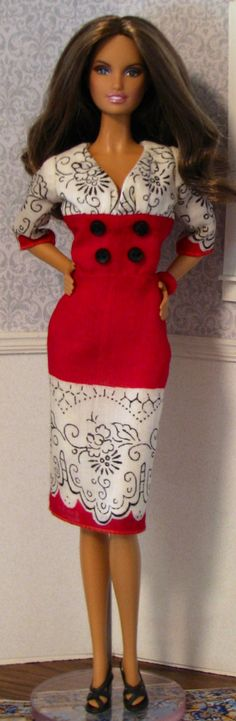 Barbie dress made from vintage hankie- What's not to love... Barbies & Vintage Hankies!!! Think I'm in Heaven...