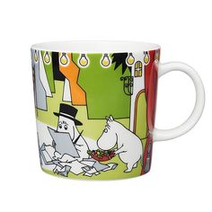 Arabia - Mumin Becher - Summer Theater - Sommer-Theater - Sommer 2017 - Moomin P. Arabia – Mumin Becher – Summer Theater – Sommer-Theater – Sommer 2017 – Moomin Produkte z Moomin Shop, Moomin Mugs, Helsinki, Tove Jansson, Moomin Valley, Nordic Home, Floating House, Tsunami, Hot Chocolate