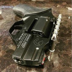 Chiappa Rhino Snubby .357 Magnum Rhino Revolver, Mustang Bullitt, Hand Cannon, Tactical Training, 357 Magnum, Assault Weapon, Metal Gear, Firearms, Shotguns