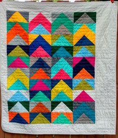 Kona solids baby quilt by quiltytherapy. #Half square triangle quilt #solids quilt #kona solids #HST quilt #modernbabyquilt