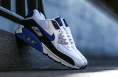 """Nike Air Max 90 Essential """"Hyper Cobalt"""""""