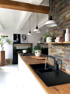 73 creative small kitchen design and organization ideas page 11 Home Decor Kitchen, Kitchen Interior, Interior Design Living Room, Home Kitchens, Decorating Kitchen, Kitchen Ideas, Modern Kitchens, Kitchen Soffit, Kitchen Walls