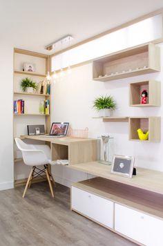 Cómo el color afecta la luminosidad de un apartamento. Decohunter. Este apartamento es un ejemplo perfecto de la creación de nuevos espacios a partir de la búsqueda de la luz a través del color y el estilo vintage. Lee más aquí