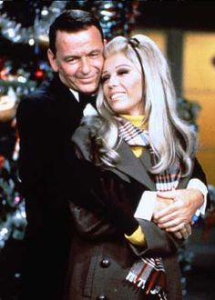 Frank & daughter Nancy Sinatra