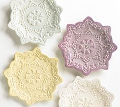 Use doilies to add texture to your air-dry clay projects. This beautiful clay tree ornament is achieved by pressing a yarn doily into the surface of the clay while still wet. You can use this same method to craft air-dry clay bowls and ornaments. Pottery Plates, Slab Pottery, Ceramic Pottery, Ceramic Cups, Lace Doilies, Pottery Studio, Pretty Pastel, Clay Projects, Decorating On A Budget