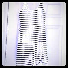 Fitted dress Navy and white billabong fitted dress. Can dress up or down. Never been worn! Billabong Dresses Mini