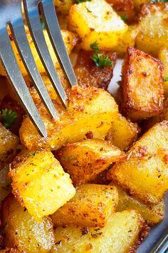 Potato Recipes, Chicken Recipes, Crispy Breakfast Potatoes, Stolen Recipe, Easy Cheap Dinner Recipes, Best Breakfast Recipes, Homemade Breakfast, Brunch Menu, One Pot Meals