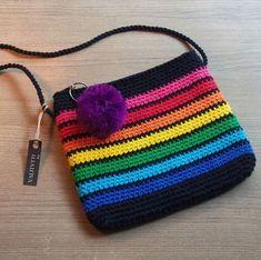 Colorful Crochet Bag - Bolsas de Crochê - Source by uTascheStricken de croche fio de malha infantil Diy Crochet Bag, Crochet Backpack, Crochet Purse Patterns, Crochet Gifts, Crochet Stitches, Knit Crochet, Crochet Handbags, Crochet Purses, Confection Au Crochet