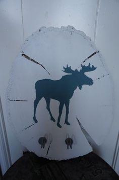 Eland kapstok gemaakt van schijfhout, verf en twee haken. Kidsroom, Eland, Moose Art, Diy, Animals, Bedroom Kids, Animales, Bricolage, Animaux