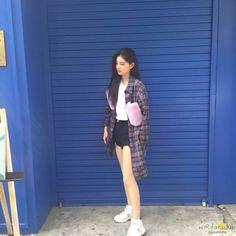 I Love Girls, Cute Girls, Cool Girl, Uzzlang Girl, New Girl, Teen Celebrities, Chinese, My Life Style, South Korean Girls