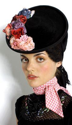 Dirndl couture by Susanne Bisovsky, Austria