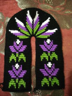 Diy Crafts - This Pin was discovered by Fer Tunisian Crochet, Free Crochet, Knit Crochet, Booties Crochet, Crochet Shoes, Baby Knitting Patterns, Crochet Patterns, Crochet Slipper Pattern, Crochet Pillow