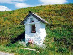 krynica_Kapliczka przydrozna w Izbach.jpg (450×338)