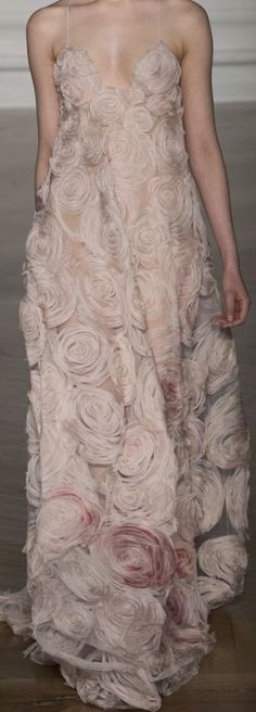 Valentino Couture 2017Twenty years ago I had jacket with those roses and I loved that jacket, a perfect blush pink. So Sad I got rid of it........... #valentino2017