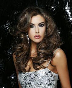 Erin Brady (Miss USA 2013) - Ride of FameRide of Fame