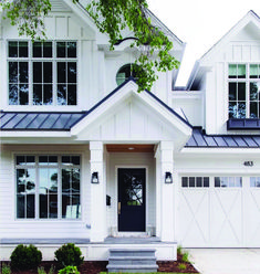 Here are the Modern Farmhouse Design Ideas. This article about Modern Farmhouse Design Ideas was posted under the category by … Design Exterior, House Paint Exterior, Exterior House Colors, Door Design, Siding Colors, Exterior Siding, Modern Farmhouse Exterior, Modern Farmhouse Style, Farmhouse Design