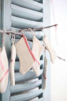 grain sack stockings. darling.