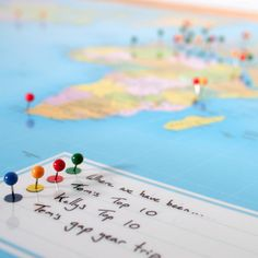 world traveller push pin map