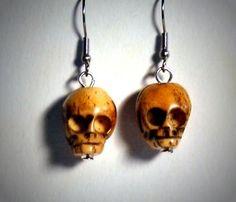 Ohrringe und Ohrstecker im Onlineshop - Verrückte Ohrringe und Schmuck Welt  - Ohrringe Totenkopf Knochenperle 3D Knochen Edelstahl Hänger Neuware