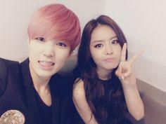 secret's song #jieun posts selca on twitter with b.a.p's #zelo
